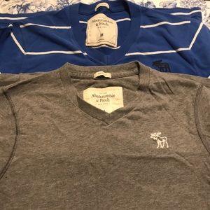Abercrombie bundle! v neck t shirts Medium